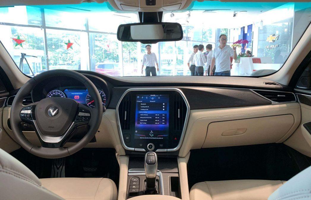 Khoang Lái Vinfast Lux 2.0 Turbo